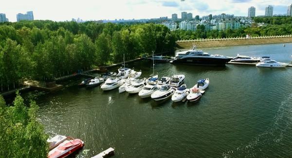 Столица Яхт, Москва