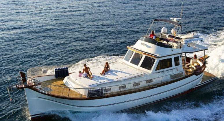 Menorquin Yacht 100, Барселона