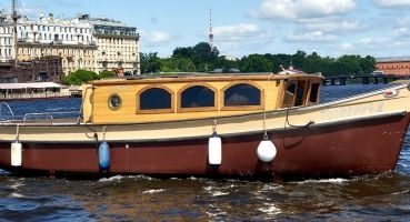 Голландец, Санкт-Петербург