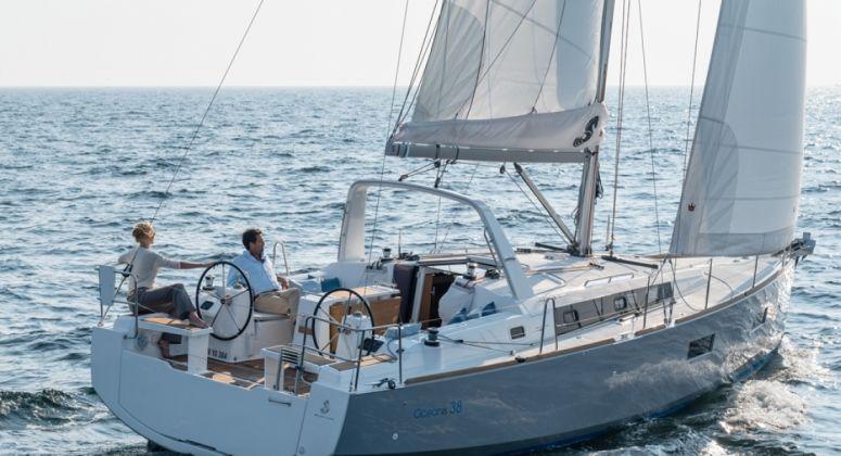 Oceanis 38, Split